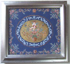 作品2 (碧い音色) ヨコ650×タテ580  この作品は2017年11月の「第18回サンケイ・トールペイントコンテスト」に入選したものです。  中央で笛を吹く天使の音色が明るいブルーではなく、碧いブルーで深い音色をイメージしました。